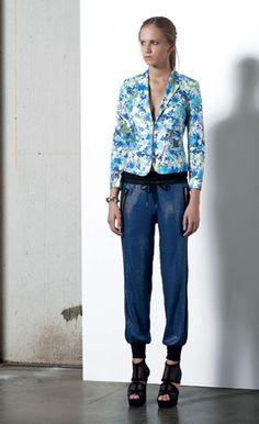 Look 92 . 536 Giacca / Jacket . 416 Pantalone / Trousers . 266 Bracciale / Bracelet . 217P Scarpa / Shoes