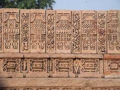 Adalaj Vav (Ahmedabad - Gujarat) #travelblog #indiatravel #photoblog #ahmedabad #gujarattourism #indiatourism #sculpture #indianart