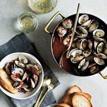 Steamed Clams with White Wine and Tomatoes ~ Seafood Recipes