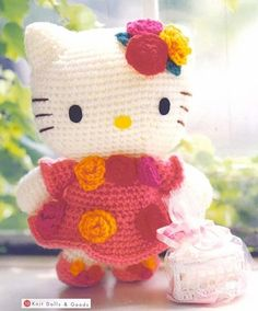 Hello Kitty-Knit Dolls & Goods-Crochet pattern Japanese-Craft E-Book-amigurumi patterns-Japanese Cra Hello Kitty Amigurumi, Crochet Hello Kitty, Chat Hello Kitty, Amigurumi Doll, Chat Crochet, Crochet Mignon, Crochet Amigurumi Free Patterns, Crochet For Kids, Crochet Baby
