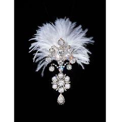"""""""Beyond Extravagance"""", joyaux et bijoux du monde indien: ornement de turban http://www.vogue.fr/joaillerie/a-lire/diaporama/beyond-extravagance-joyaux-et-bijoux-du-monde-indien-livre-assouline/16221/image/880408#!quot-beyond-extravagance-quot-joyaux-et-bijoux-du-monde-indien-livre-assouline-nawanagar"""