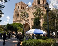 National Geographic Traveler article on ex-pats on living in Cuenca, Ecuador.