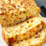 http://www.callmepmc.com/2014/08/bacon-jalapeno-popper-cheesy-bread/