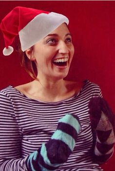 Merry Christmas to all my Sara Bees. And a happy new year! Giving Up On Love, Sara Bareilles, Chat Board, Merry Christmas To All, Just The Way, Bees, Love Her, Singer, Concert