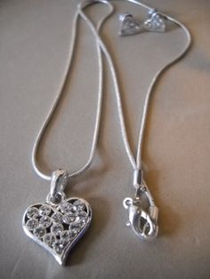 Rhinestone heart and Earring Necklace set $9.99