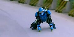 Am i the only one who thinks this guy looks like a spartan #HALO 'Rollerman' flies down Chinese mountain in suit made of wheels