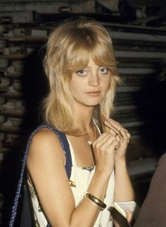 70s Haircuts, 1970s Hairstyles, Shag Hairstyles, Trending Haircuts, Vintage Hairstyles, Hairstyles With Bangs, Hairstyle Photos, Fringe Hairstyle, Updo Hairstyle