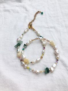 Bead Jewellery, Beaded Jewelry, Jewelery, Handmade Jewelry, Beaded Bracelets, Choker Necklaces, Diy Jewelry Necklace, Necklace Ideas, Diy Necklace Pearl
