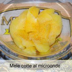 Mele cotte nel forno a microonde