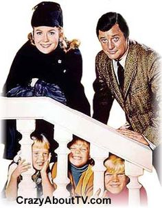 """'Nanny and the Professor,'  About a Widowed College Professor with Three Children Who Had Been So Much Trouble in the Past That They """"scared off"""" Several Nannys. But When English Nanny Phoebe Figalily Took the Job, Things Changed. She Had a Cheerful But """"no nonsense"""" Attitude & Somehow Had No Problem Getting Her Way. Juliet Mills is Phoebe """"Nanny"""" Figalilly,  Richard Long the Professor."""