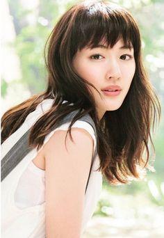 Haruka Ayase 綾瀬はるか Cute Japanese, Japanese Beauty, Asian Beauty, Asian Celebrities, Celebs, Japan Fashion, Sexy Asian Girls, Hair Clips, Portrait Photography