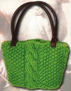 Create a gorgeous knit purse reminiscent of a vintage bag from grandma's closet. This beautiful free knitted purse pattern comes as a convenient PDF. Finger Knitting, Knitting Yarn, Brown Sheep Yarn, Easy Scarf Knitting Patterns, Bible Bag, Knitted Bags, Crochet Bags, Knit Crochet, Seed Stitch