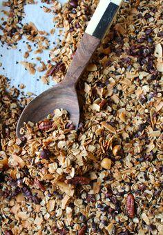 Hazelnut and Cacao Nib Granola (with Coconut and Sesame Seeds) - a little saffron Vegetarian Breakfast Recipes, Savory Breakfast, Sweet Breakfast, Brunch Recipes, Sweet Recipes, Snack Recipes, Cooking Recipes, Breakfast Ideas, Granola