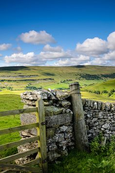 Birks Fell, Yorkshire love the English countryside and public paths, miss this in US