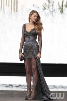 Grey lace dress - Blake Lively - Gossip Girl