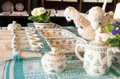 Easter in folk gallery in Warsaw. Hand made easter egs, wool toys and ceramic from Bolesławiec. www.sklep.epolart.pl