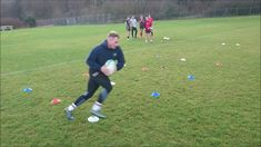 Here are some simple Rugby Speed, Agility and Quickness drills and training to help enhance your sporting performance. Drill Enthisese on stepping and cha. Rugby Drills, Speed Drills, Bb, Soccer, Training, Fitness, Youtube, Futbol, European Football