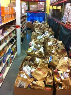 @NALC_National #StampOutHunger raised 80,000 lbs making it the single largest food drive in our history! #sharethejoy pic.twitter.com/VyikVurGAv