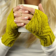 Crochet Pattern - Every Day Fingerless gloves - Knit look crochet - 8 sizes - Baby toddler child adult - Instant Download - Unisex