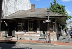 Marie Laveau's house. The voodoo queen born a free woman of color in 1794 and died an old woman in 1881. Located in the heart of the New Orleans French Quarter on Bourbon Street Via http://farm5.staticflickr.com/4096/4878421981_60c43b1442_z.jpg