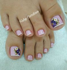 Floral pattern nails step by step Toe Nail Color, Toe Nail Art, Nail Colors, Pretty Toe Nails, Cute Toe Nails, French Pedicure, Pedicure Nail Art, Pedicure Designs, Toe Nail Designs