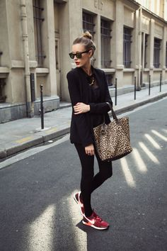 Outfits ideas & inspiration : Today you will learn the Fall Looks you want to wear now, Casual Fall - Winter Looks, Trendy Outfits for Fall - Winter with Skirts, Fall Fashion - Winter Sneaker Outfits, Nike Outfits, Casual Outfits, Moda Outfits, Hipster Outfits, Casual Wear, Fall Outfits, Casual Chic, Sporty Chic