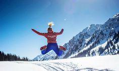 Met Ryce Travel gingen we afgelopen winter met drie try-outs naar de adembenemende valleien van Kyrgizie. Deze reis met zowel wintersport als een verblijf in een yurt, touren op sneeuwscooters, hotsprings etc is zo goed bevallen, dat hij binnenkort officieel boekbaar is voor volgende winter! Stay tuned: www.rycetravel.com