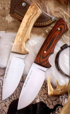 Muela knives, hunting knife, rhino 100L-10R. Length of handle 12 cm