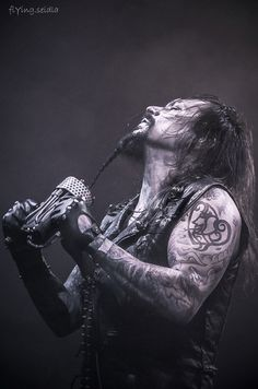 Tomi Joutsen / Amorphis saw them open for Nightwish live great