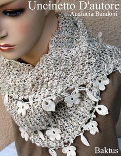 Baktus in cotone e viscosa,fatto a maglia, inserti all'uncinetto, lunghezza 2mt. #uncinettodautore #crochet #knitting #baktus #analuciabandoni #handmade #uncinetto
