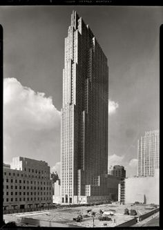 RCA Building, NYC, New YorkHistoric photo via titillium  1930s photo of RCA Building (now GE Building).  titillium:    New York, September 1, 1933 Rockefeller Center, New York City. RCA Building, general view from the old Union Club.