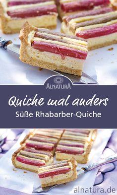 Zaubere in kurzer Zeit einen leckeren süßen Rhabarber-Quiche auf die Kaffeetafel, der den Sommer in dein Herz lässt. ❤ #Alnatura #Rezept #Rhabarber #Quiche #easy #lecker