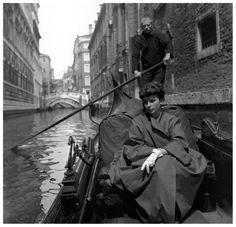 fewthistle:  Françoise Dambier. Venice. ELLE. 1952.  Photographer: Georges Dambier