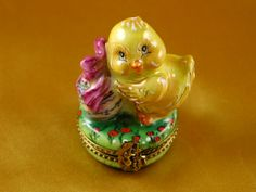 Easter chick - Porcelain Limoges from France - Limoges Factory Co. LOVE THIS ONE!!!!