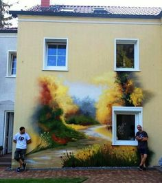 Amazing real-life mural on side of house - WOW!!