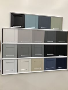 Advice, formulas, including guide with regards to getting the greatest outcome as well as making the optimum perusal of kitchen cabinets Kitchen Cabinet Colors, New Kitchen Cabinets, Painting Kitchen Cabinets, Kitchen Paint, Kitchen Colors, Home Decor Kitchen, Interior Design Kitchen, Painted Bathroom Cabinets, Paint Colors For Cabinets