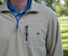 Designed to keep you warm and dry, it serves as the perfect transition piece from fall to winter. Southern Marsh, Preppy Southern, Southern Gentleman, Southern Style, Southern Prep, Preppy Sweater, Cool Outfits, Slate, Preppy Men