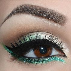 Brow Powder Duo in Ebony, Clear Brow Gel and Hightlightening duo pencil, NeveCosmetics Coco and Espresso Jelly e/s and Kayo glitter eyeliner. Elf cream and liquid eyeliner by surgerymakeup Pretty Makeup, Love Makeup, Makeup Inspo, Makeup Inspiration, Makeup Looks, Green Makeup, Simple Makeup, Turquoise Eye Makeup, Makeup Ideas