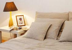 sängkläder av tvättat linne #bedroom #sovrum #påslakanset #tvättatlinne #naturmaterial