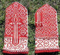 Ravelry: The Swordsman In Love Mittens pattern by Erica Mount