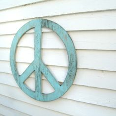 Peace for the house with Dishfunctional Designs