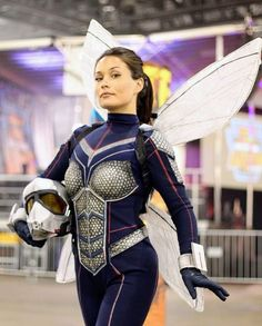 Babs Butcher:「My favorite cosplay is one that demands that you stand tall, throw your insecurities away, and be proud of who you are. Cosplay can repair…」 Cosplay Anime, Marvel Cosplay Girls, Amazing Cosplay, Best Cosplay, Vespa Marvel, Cosplay Tutorial, Halloween Cosplay, Cosplay Outfits, Fancy Dress
