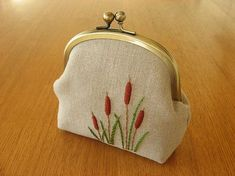 pouch with original hand embroidered cattail motif on linen. part of the { y * handmade } collection Embroidery Purse, Hand Embroidery Designs, Embroidery Applique, Embroidery Stitches, Frame Purse, Fabric Bags, Handmade Bags, Handmade Bracelets, Purses And Bags