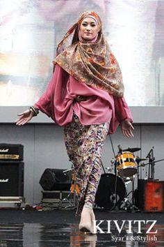 (via KIVITZ: KIVITZ in Jakarta Islamic Fashion Guide)