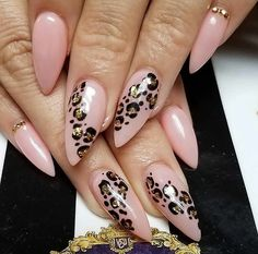 Nails Almond Neutral Classy 53 Ideas - Care - Skin care , beauty ideas and skin care tips Leopard Nail Designs, Classy Nail Designs, Nail Art Designs, Nails Design, Stiletto Nail Designs, Animal Nail Designs, Hair And Nails, My Nails, Leopard Print Nails