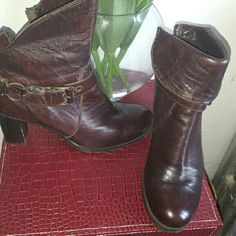 Heeled Bootie boots Worn ONCE. Soft leather dark brown Manas designer boots. Shoes Heeled Boots