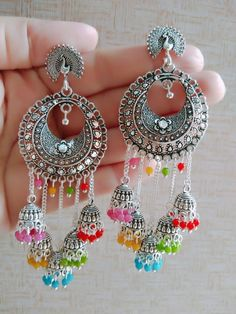 Indian Bridal Jewelry Sets, Indian Jewelry Earrings, Silver Jewellery Indian, Jewelry Design Earrings, Ear Jewelry, Pakistani Jewelry, Silver Earrings, Silver Jewelry, Antique Jewellery Designs