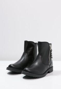 38e6c46d95 22 Best Boots images | Ankle boots, Boots, Calf boots