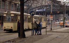DDR Fotografie // Schönhauser Allee, Ecke Kastanienallee, Berlin-Prenzlauer Berg | © Harald Hauswald/Lehmstedt Verlag