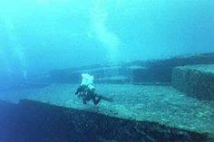 Underwater ruins at Yonaguni Island, Okinawa Japan